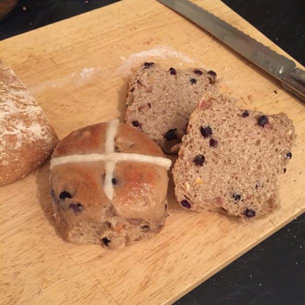 sourdough hot cross buns crumb